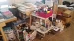 Auflösung eines großen Ateliers für Malerei und textiles Gestalten